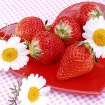 その姿はまるでいちご!?ストロベリーフィールドというお花が可愛らしい