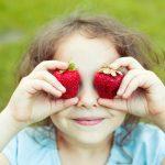目が疲れたら、いちごを食べたほうがいい理由とは?
