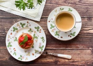 いちご柄が美しいお皿と言えばコレ!ウェッジウッドのワイルドストロベリーで優雅なひと時を